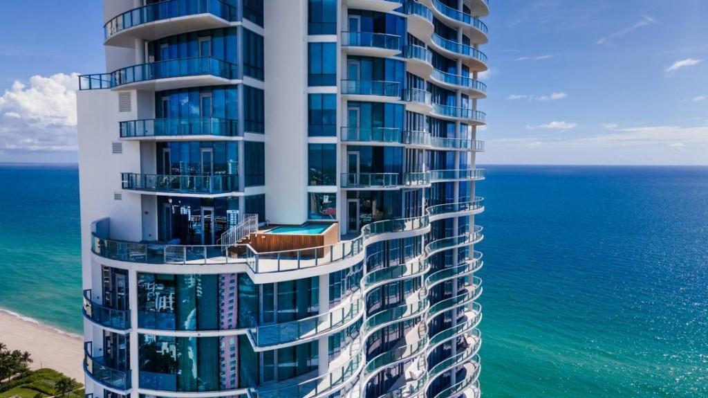 Despite sales slowdown, Chateau Group chief lists Sunny Isles condo for $15.9M
