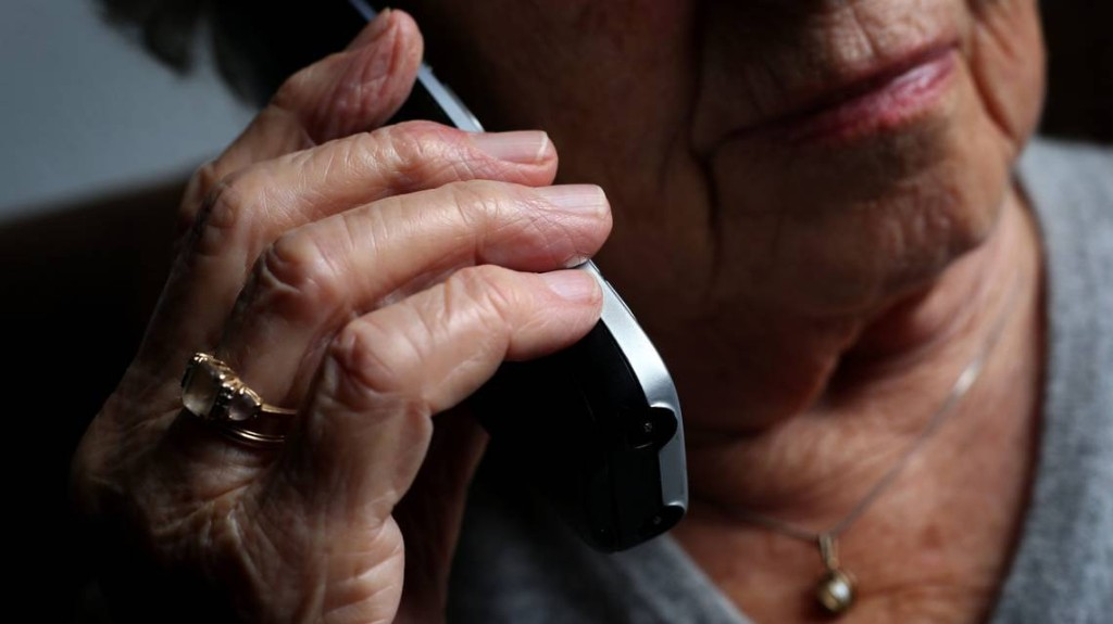 In South Florida, seniors and loved ones can protect them from COVID-related fraud | Opinion