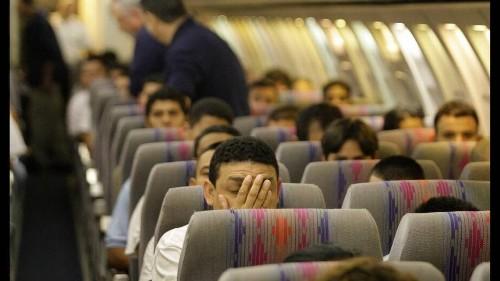 Feds deport 119 Cubans back to Havana on Miami flight
