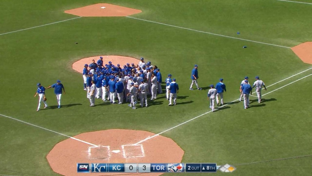 Things get heated as Blue Jays down Royals