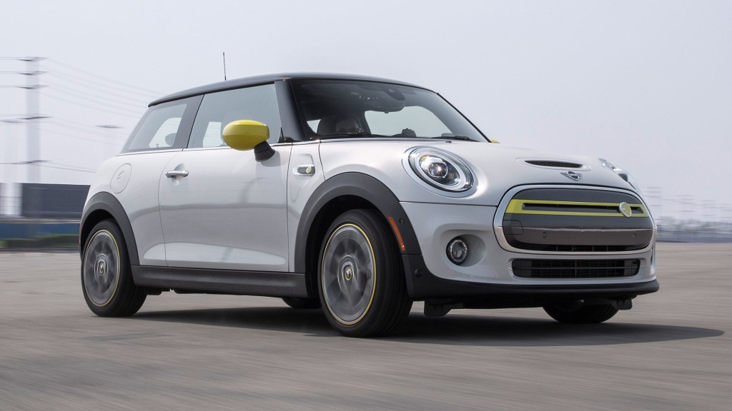 2020 Mini Cooper SE First Test: I Wish I Could Recommend It