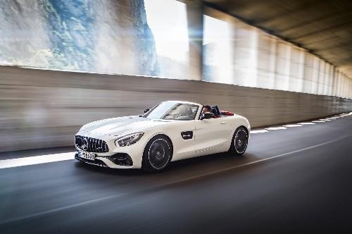 Refreshing or Revolting: 2018 Mercedes-AMG GT Roadster