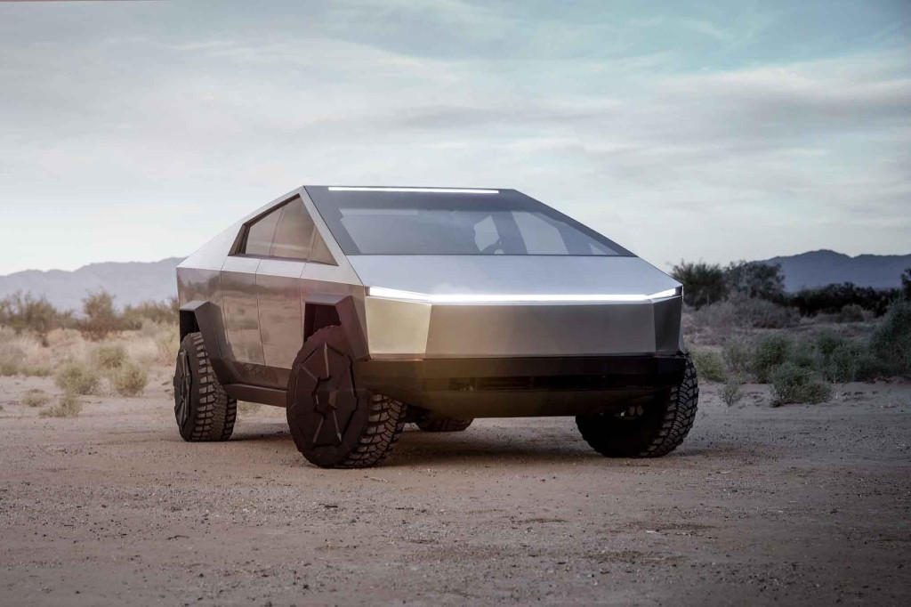"""Smaller Tesla Cybertruck Is """"Highly Likely,"""" Says Elon Musk"""