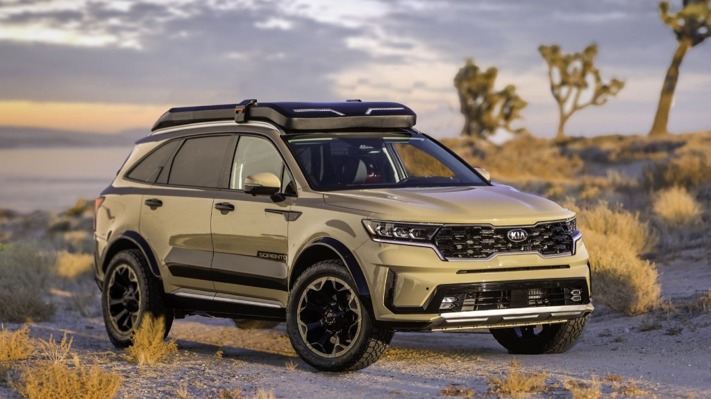 The 2021 Kia Sorento SUV Looks Surprisingly Tough Lifted and With Big Tires