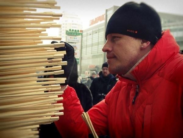 10,000 Chopsticks Form Huge Mythological Dragon