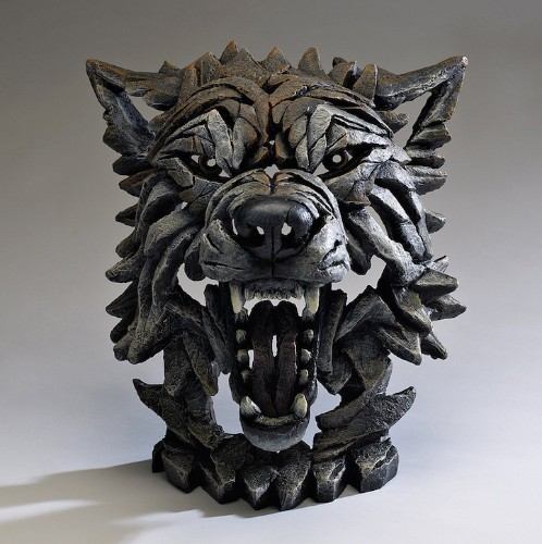 Incredible Fragmented Sculptures Convey Powerful Strength