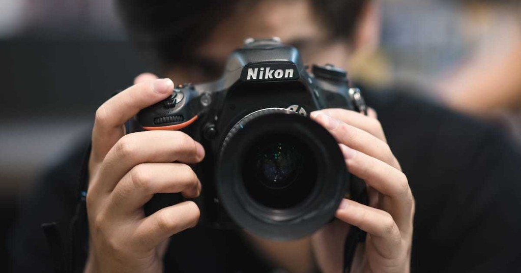 Nikon Is Offering Free Online Photography Classes During the Holiday Season