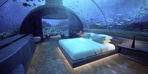 World's First Underwater Villa Offers Spectacular Living 16 Feet Below the Sea