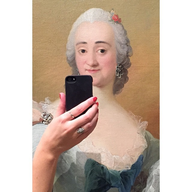 Funny Photos Give the Illusion of Historical Paintings Snapping Selfies