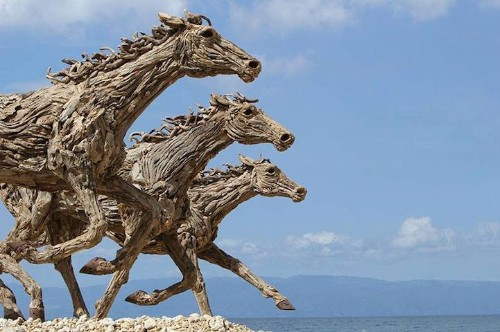 Majestic Life-Size Horses Made of Scavanged Driftwood