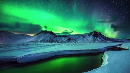 Amazing Aurora Timelapse Taken Over Greenland and Iceland