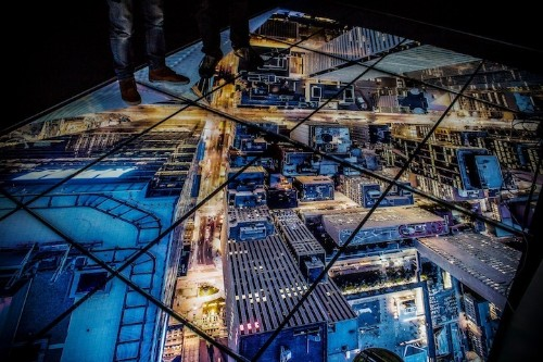 New Rooftopping Show in Paris Will Make Your Heart Stop