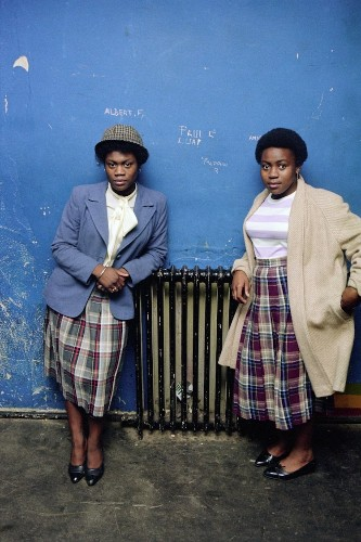 Photographer Takes 'Then & Now' Photos of Women Met on London Streets 30 Years Ago
