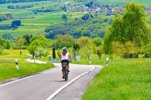 Germany Unveils the First Section of a 62-Mile Bicycle Superhighway
