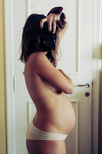 Photographer Documents Her Own Pregnancy in Striking Selfies