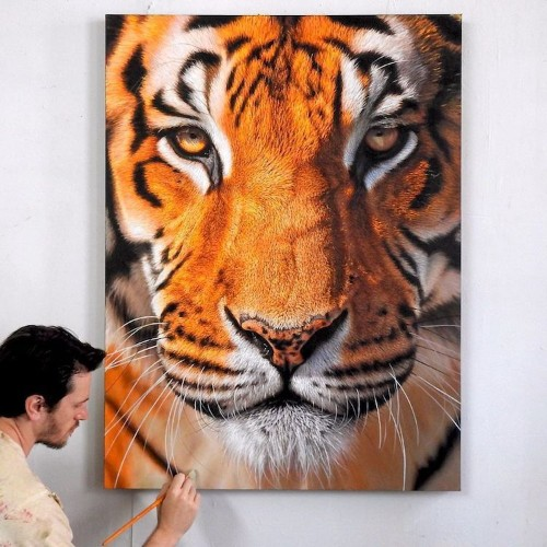 Large Paintings Capture Majestic Beauty of Wildlife We Need to Protect