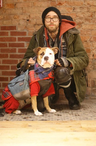 """""""Dogs of New York"""" Documents the Heartwarming Bond between Humans and Their Pups"""