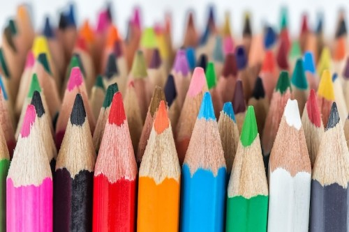 10 Best Colored Pencils to Use for Beginners to Professional Artists
