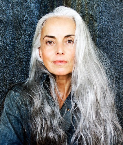 59-Year-Old Woman Is Revolutionizing the Modeling Industry