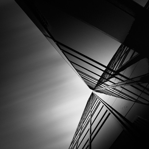 Fragmented Black and White Scenes Create Beautifully Abstract Formations
