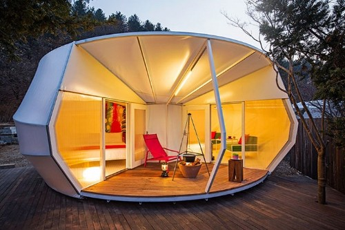 """Luxurious Korean Tent Pods Expand the World of """"Glamorous Camping"""""""