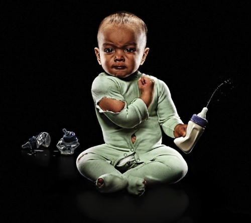 Hilarious Photos of Super Strong Babies