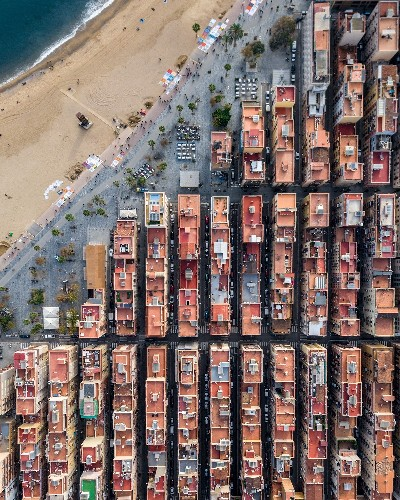 Drone Photos of Barcelona Highlight the Symmetry of the City's Architecture
