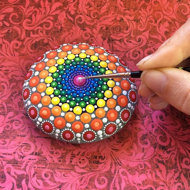 Spectacular Mandalas Emerge from Hypnotic Colorful Dots on Ordinary Stones