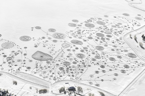 Interview: Artist Walks Miles Over Frozen Lake to Create Intricately Swirling Snow Drawing