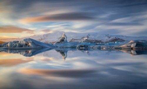 Breathtaking Landscapes Convey the Dazzling Beauty of Iceland