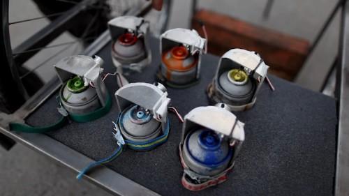 Complex Graffiti Machine Produces Vibrant Rainbows