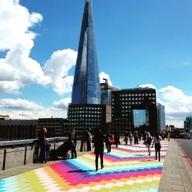 Monday Commuters Delighted by London Bridge's Transformation into Rainbow Brick Road