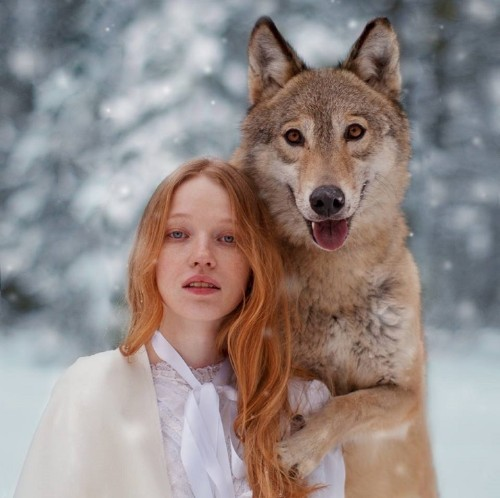 Dreamy Portraits of Women Living in Harmony with Wild Animals