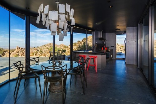 Black Desert House Contrasts Nicely in the Mojave Desert