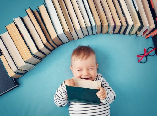 Scientific Study Shows Growing Up in a Home With Books Is Good For You