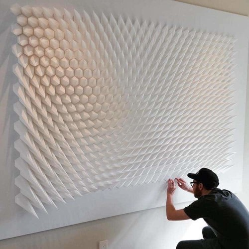 Artist Uses Engineering to Fold Mesmerizing Geometric Paper Sculptures
