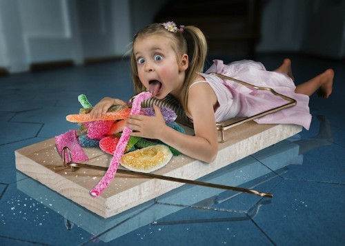 Father Photoshops Three Daughters into Fantastical Scenes