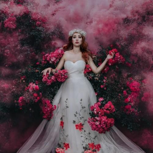 "Beautiful Portraits of Gorgeous ""Flower Guardians"" Cherishing Mother Nature"