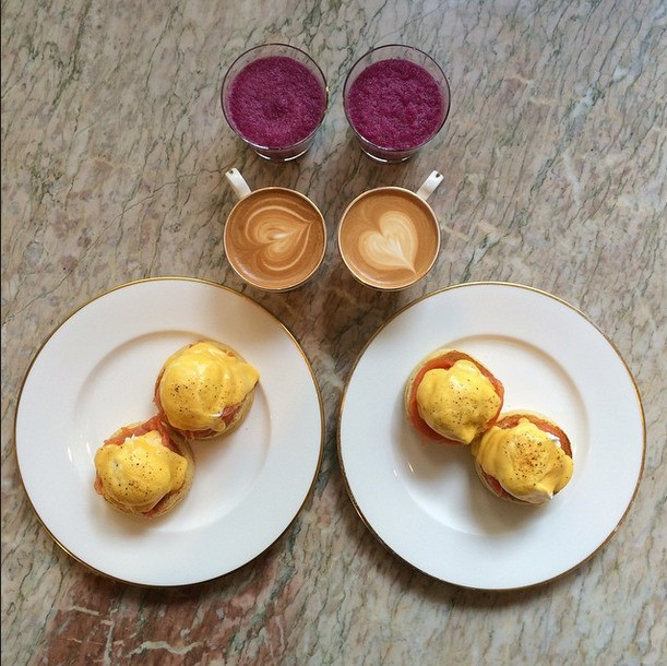 Creative Couple Eats Perfectly Symmetrical Breakfasts Every Morning