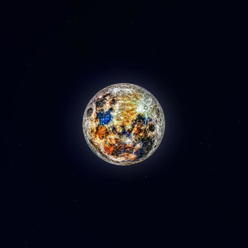 150,000 Photographs Used to Show the Hidden Colors of the Moon