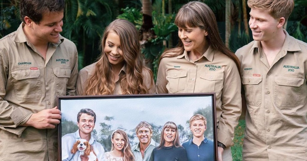 Bindi Irwin Reveals Heartwarming Artwork of Her Late Father in Her Wedding Party