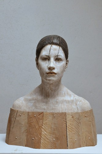 Lifelike Wood Sculptures of Pensive Men and Women