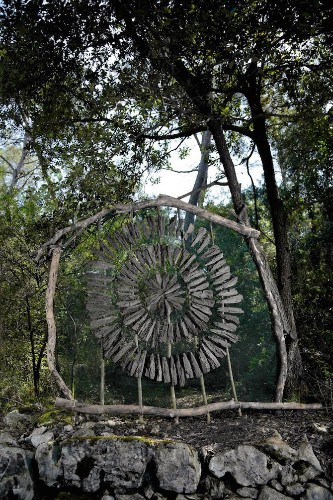 Artist Spent a Year in the Woods Creating Mysterious Sculptures