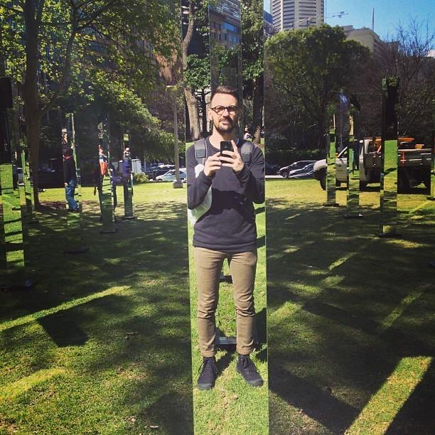 Maze of Mirrors Mesmerizes Visitors Inside Sydney's Hyde Park