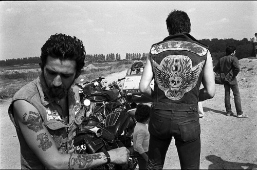 The Lives of Bikers Documented in Powerfully Gritty Photos