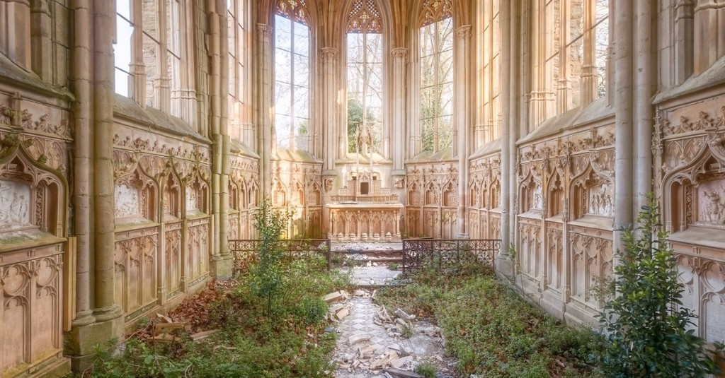 Photos of Abandoned Churches Display the Decadent Beauty Left Behind in Ruins