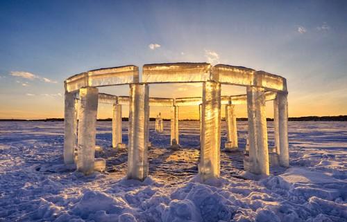 "Five Friends Build Spectacular ""Icehenge"" Sculpture on a Frozen Lake"