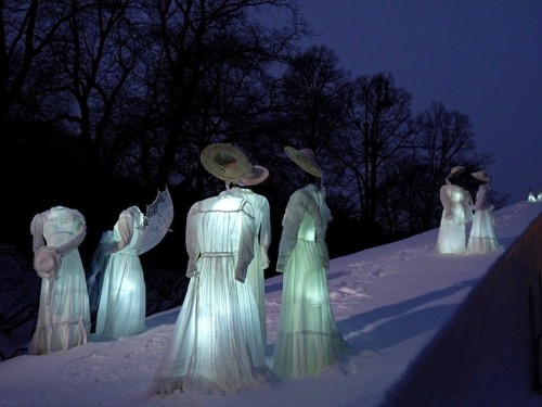 Spooky Ice Sculptures Inspired by Edvard Munch's Famous Painting