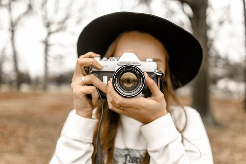 Learn Photography With 99 Hours of Free Online Lessons From School of Visual Arts