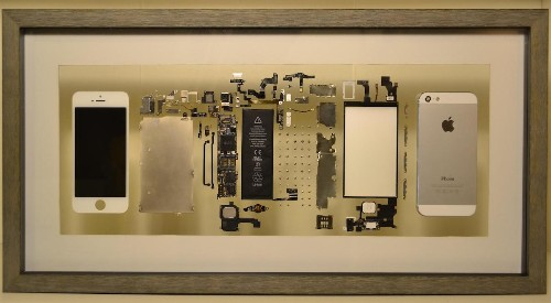 Guy Turns His Old iPhone into Art by Taking It Apart and Framing It
